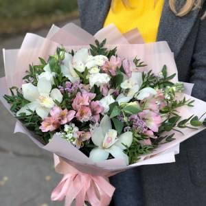Сборный букет с орхидеями R1244